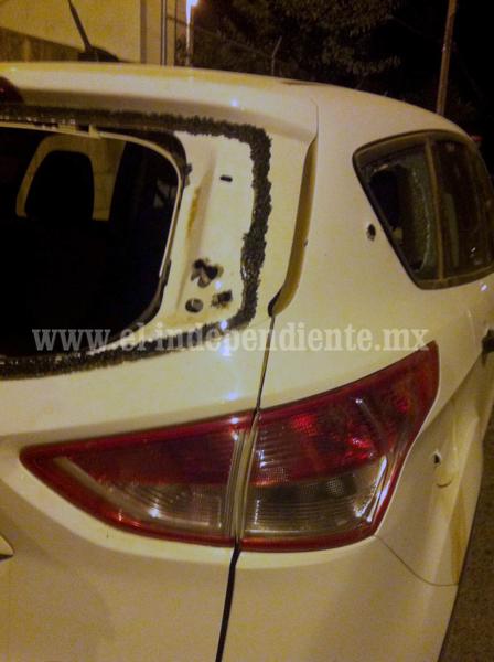 Detienen a 3 Zamoranos presuntos integrantes de una banda de robacarros