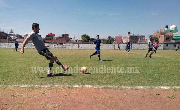 Aluzamich ganó por goleada 5-0 al CBTIS 52