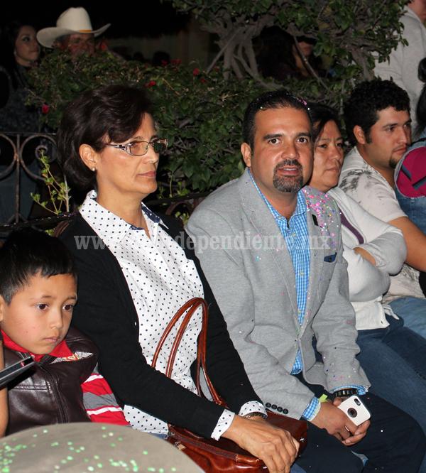 Ixtlán se unió a la celebración del  festival del pelícano borregón de Petatán