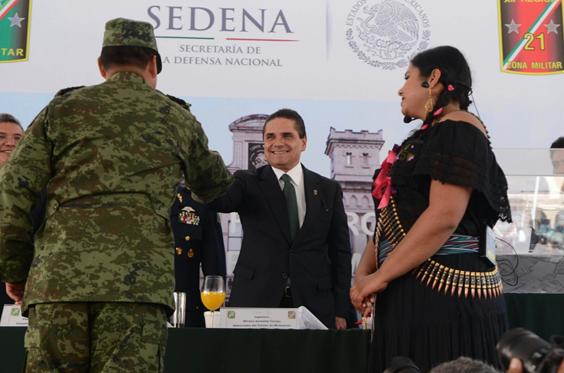 Reconoce Silvano Aureoles gallardía, compromiso y entrega del Ejército en Michoacán