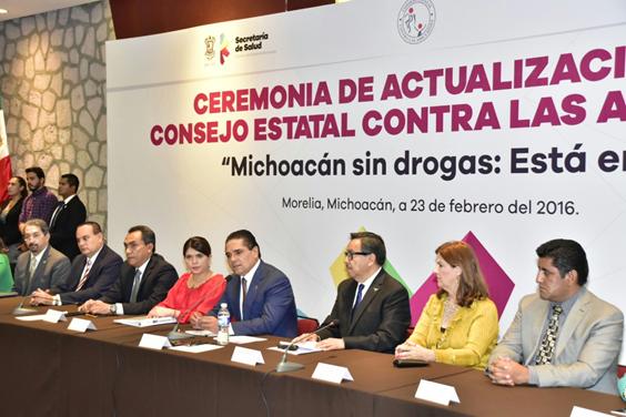 Llama Silvano Aureoles a unir esfuerzos contra las adicciones