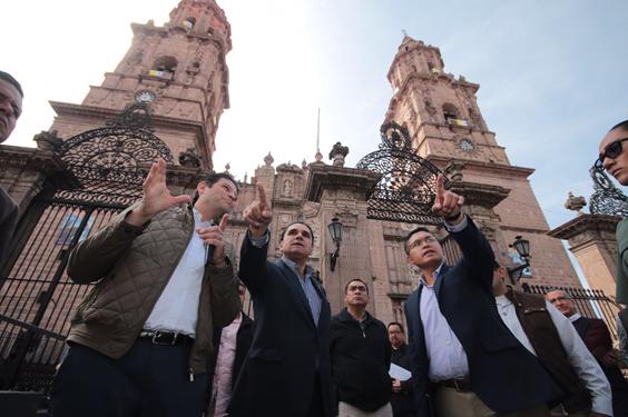 Encabezan Silvano Aureoles y Alfonso Martínez simulacro para visita del Papa Francisco