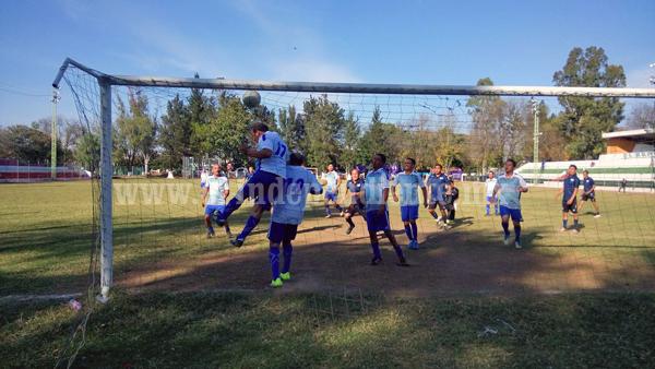 Empate a cero entre Inter Calvario y Unión Cachorros