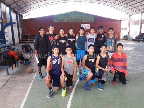 5 Dragones de Zamora y su entrenador representaran a Michoacán