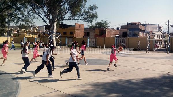 """Buena respuesta en Torneo relámpago de basquetbol """"Feria de la Fresa 2016"""""""
