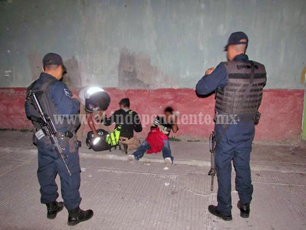 Desconocidos balean a dos jóvenes en la Valencia Segunda Sección, uno muere