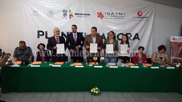 ICATMI va por la capacitación de 80 mil personas en el 2016