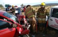 Choque de frente deja 5 lesionados; en la carretera Zamora –La Piedad