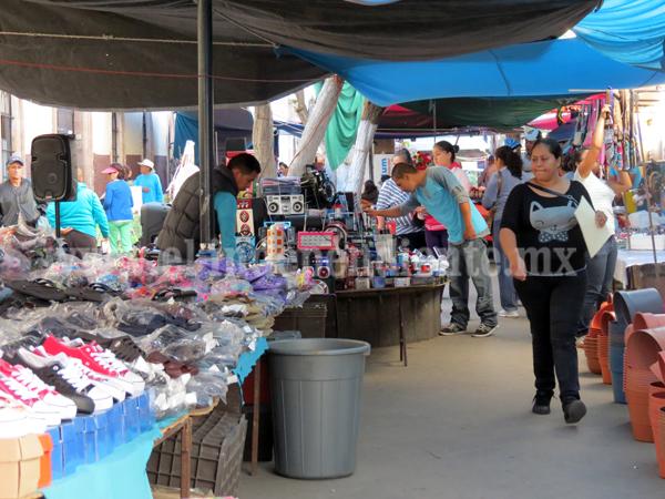 Comerciantes esperan la salvación de sus negocios en Semana Santa