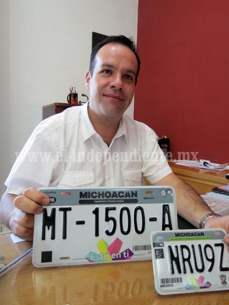 Refrendó y reemplacamiento vehicular costará 2 mil 150 pesos a morosos