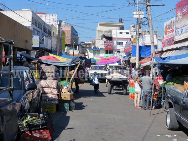 Crisis pega al Mercado Hidalgo: cierran 30 negocios