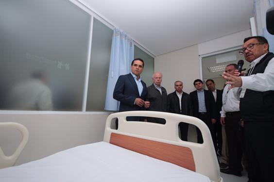 Inaugura Silvano Aureoles modernización del Hospital General de Zitácuaro