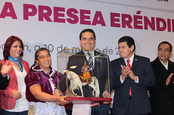 Pleno respeto a derechos de las mujeres y su inclusión, mis objetivos: Silvano Aureoles