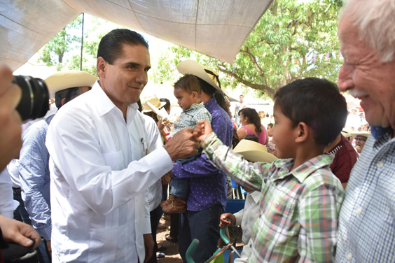 Recupera Michoacán confianza de turistas: Silvano Aureoles