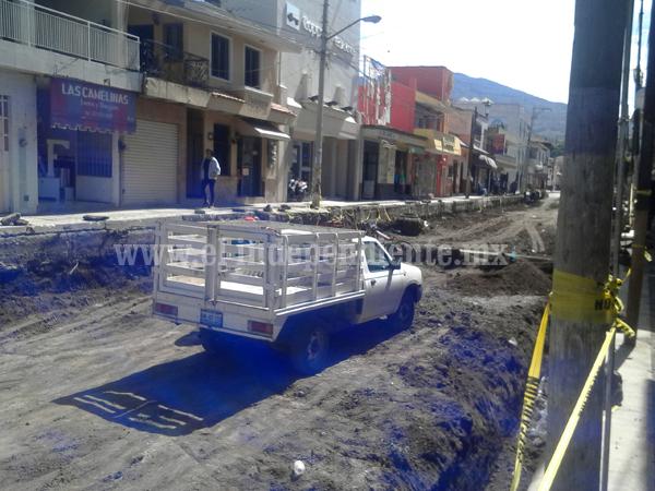 Reinician obras en Jiquilpan
