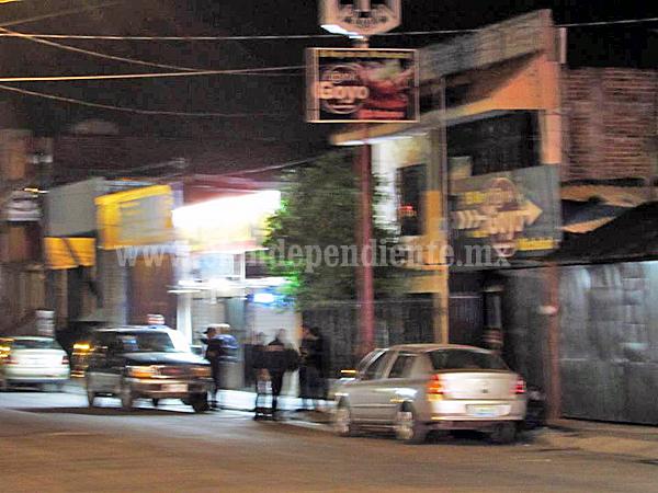 Balacera entre empistolados y Policías en Las Fuentes de Zamora