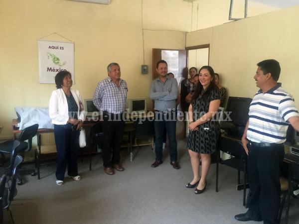 Inauguran obras de rehabilitación en aulas, sanitarios y bodega