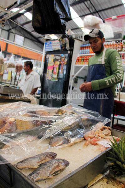 Sin problemas de salud en Semana Santa por venta de mariscos