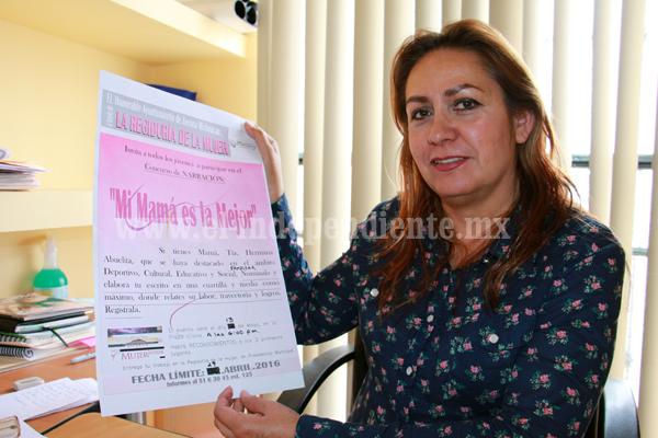 """Regiduría de la mujer convoca  al concurso de narración """"mi mamá es la mejor"""""""