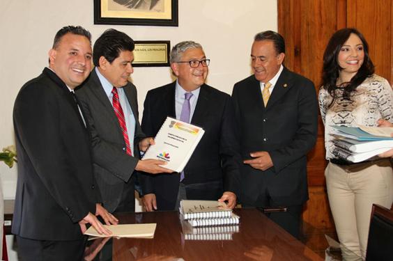 El Gobierno del Estado entrega en tiempo y forma la Cuenta Pública 2015