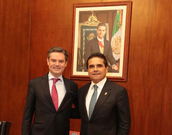 Se reúne Gobernador Silvano Aureoles con secretario de Educación Aurelio Nuño