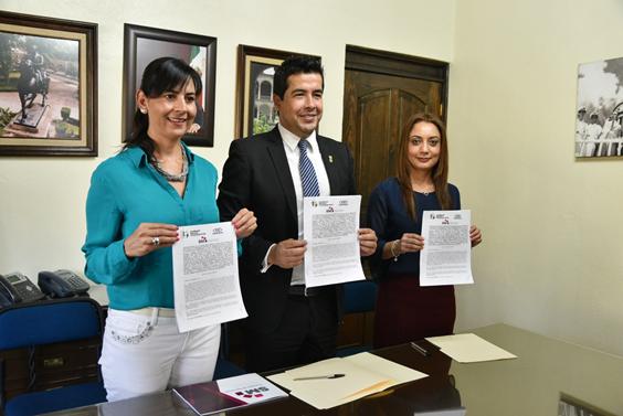 Firman CGCS, Cedemun y SMRTV convenio a favor de municipios michoacanos