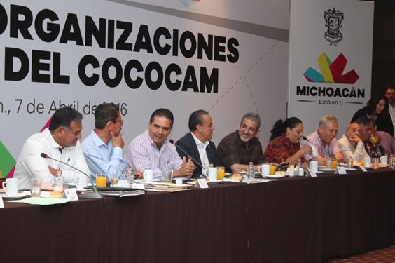 Acuerda Silvano Aureoles alianza con organizaciones campesinas