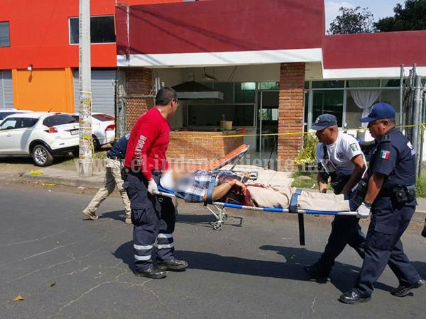 Dos comerciantes muertos tras ser baleados en restaurante de Jacona