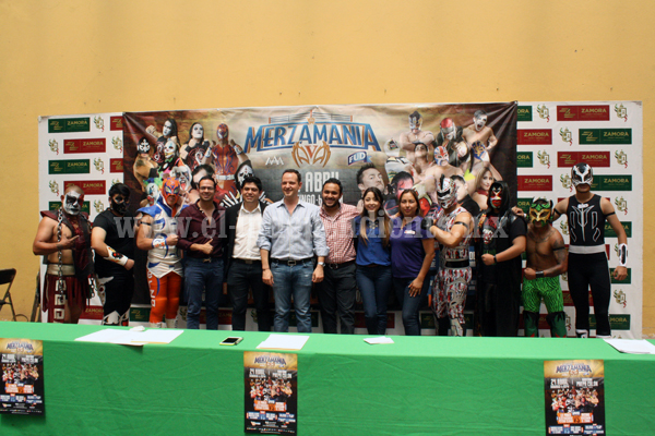 Presentó Gobierno Municipal y tienda la quinta edición de Lucha Libre