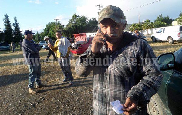 """Acusa líder agrícola de """"rapiña"""" a contratistas"""