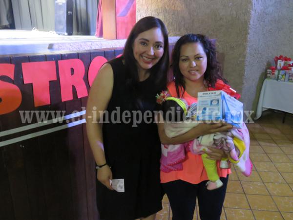 Diputada Noemí Ramírez reconoce papel de madres de familia