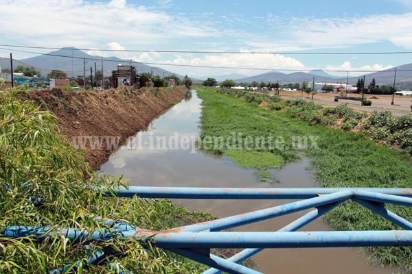 Iniciaron monitoreo en drenes y canales para prevenir inundaciones