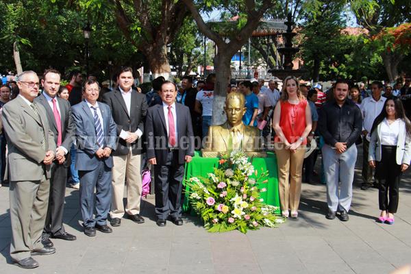 Lázaro Cárdenas vigente como ejemplo para estudiantes y políticos de hoy
