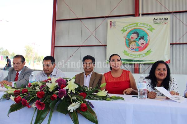 Promovió Adriana Campos exposición de niños acerca de sus problemáticas y soluciones