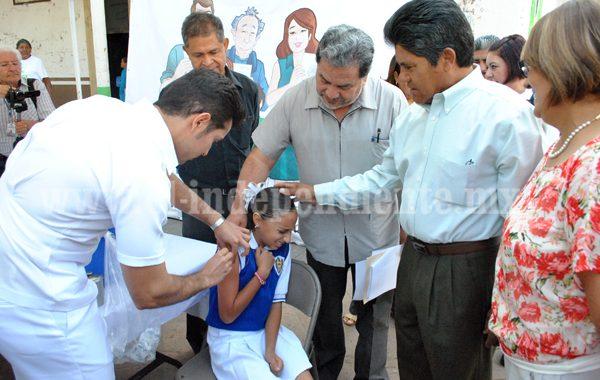 Comenzará aplicación de vacunas contra el VPH en niñas de 5° grado