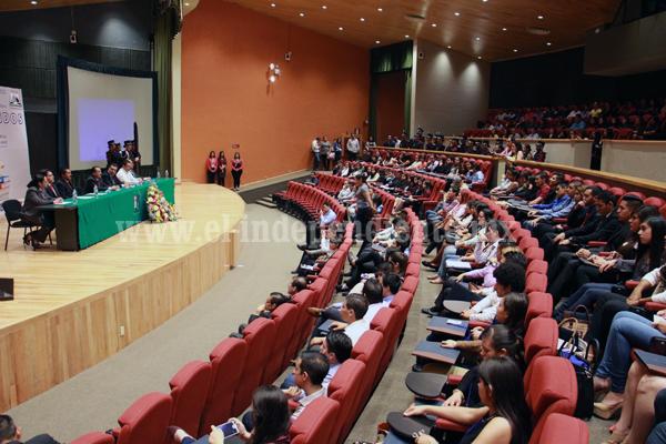 Tec Zamora realizó el 6º  Congreso de Contaduría en el Colmich