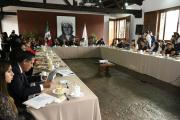 Sumar acciones a favor de las mujeres: Silvano Aureoles