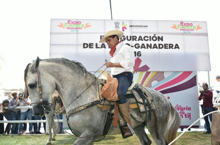Ganaderos recuperan confianza en Michoacán; asegura Gobernador