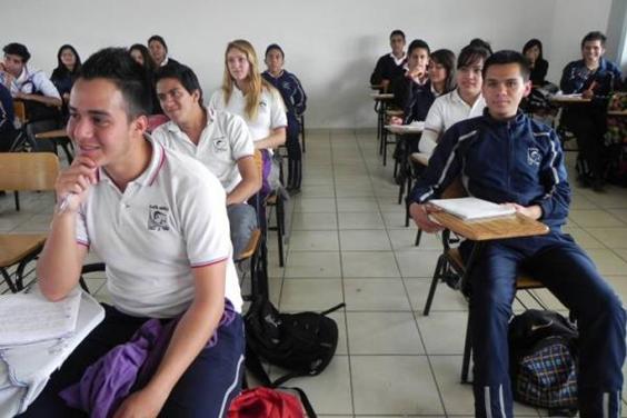 Jóvenes de educación media superior ya cuentan con Beca Futuro: Carmen Escobedo