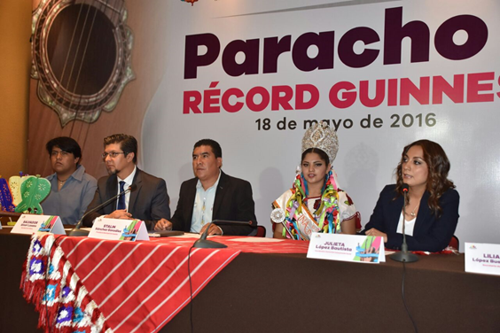 Busca Paracho romper Récord Guinness con ensamble musical de 7 mil guitarristas