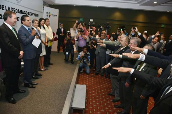 Reconocen empresarios avance para que Michoacán sea estado modelo