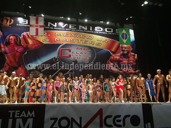 Campeonas de Iron Fitness arrasan en el Sr. México Jr y Master en Celaya Gto