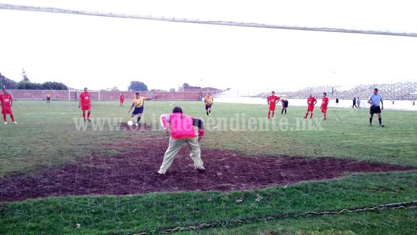 Aseo Público y Unidad Deportiva, líderes en Torneo Interno del Ayuntamiento