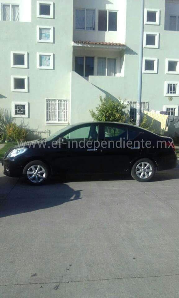 Roban un auto en Villas del Pedregal y es recuperado por la SSP en unas horas.