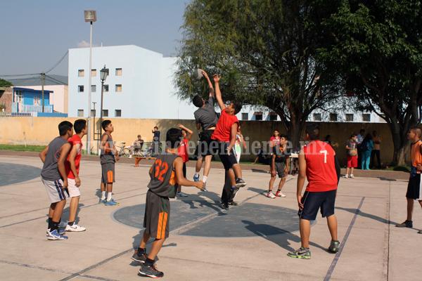 Dio inicio la Liga Juvenil de Basquetbol Jacona