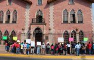 CNTE toman presidencias municipales de  todo el estado