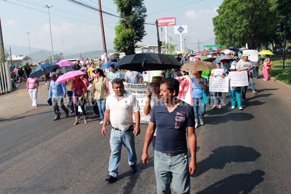 Integrantes de la CNTE  obstruyeron vialidades importantes de Zamora