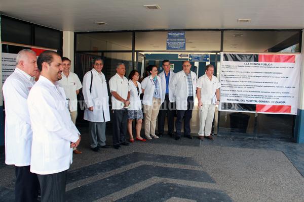 Médicos protestan por las condiciones inhumanas de hospitales públicos