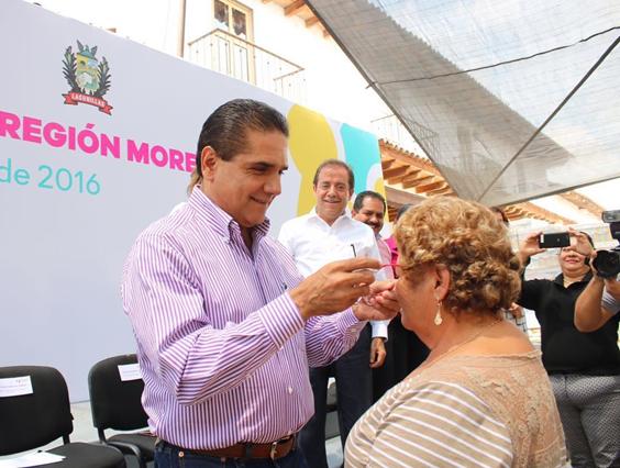 Entrega Gobernador apoyos a sectores en vulnerabilidad de la región Morelia Sur