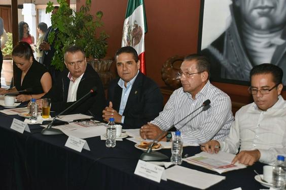 Alinear acciones y cerrar filas para el desarrollo integral de Michoacán: Silvano Aureoles